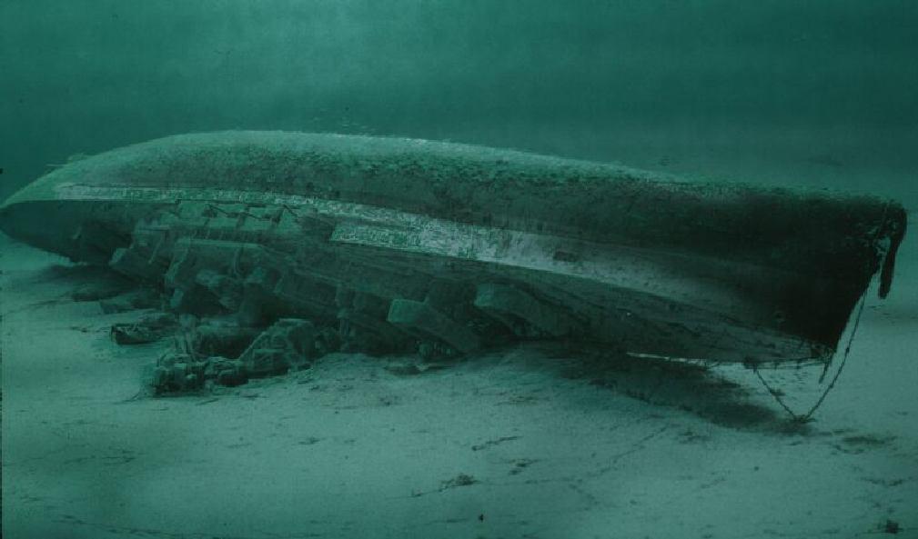 La guerre sous-marine et de surface 1939 - 1945 - Page 6 Royal_12