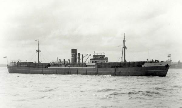 La guerre sous-marine et de surface 1939 - 1945 - Page 42 Royal_14