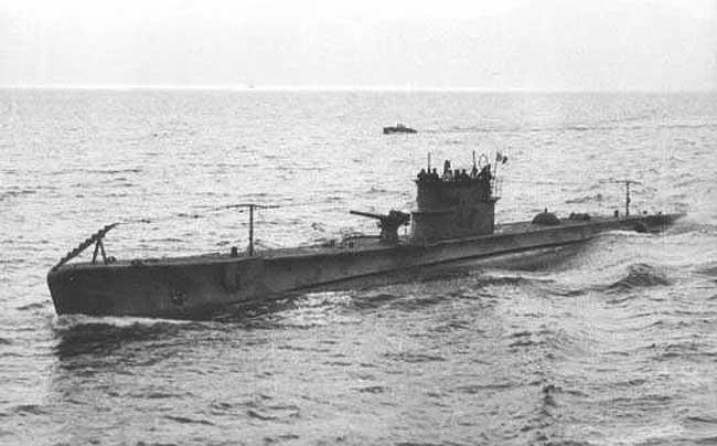 La guerre sous-marine et de surface 1939 - 1945 - Page 36 Rubino10