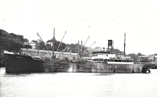 La guerre sous-marine et de surface 1939 - 1945 - Page 12 Runa10