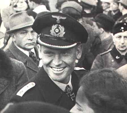 La guerre sous-marine et de surface 1939 - 1945 - Page 47 Schepk19