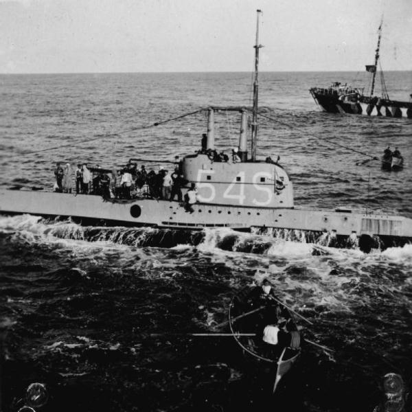 La guerre sous-marine et de surface 1939 - 1945 - Page 36 Shark010