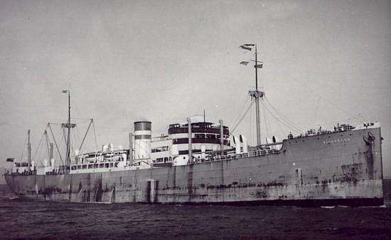 La guerre sous-marine et de surface 1939 - 1945 - Page 70 Silver10