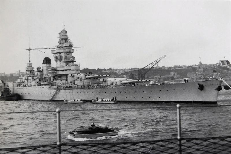 La guerre sous-marine et de surface 1939 - 1945 - Page 36 Starsb10