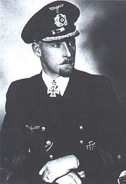 La guerre sous-marine et de surface 1939 - 1945 - Page 56 Stockh17