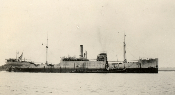 La guerre sous-marine et de surface 1939 - 1945 - Page 70 Tabari10