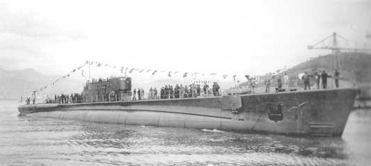 La guerre sous-marine et de surface 1939 - 1945 - Page 66 Tazzol10
