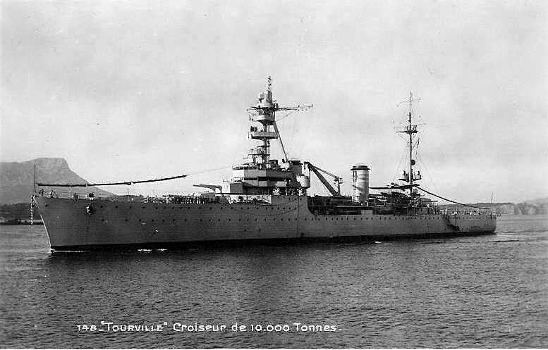 La guerre sous-marine et de surface 1939 - 1945 - Page 36 Tourvi10