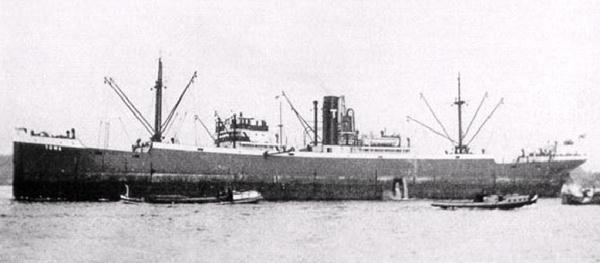 La guerre sous-marine et de surface 1939 - 1945 - Page 54 Towa10