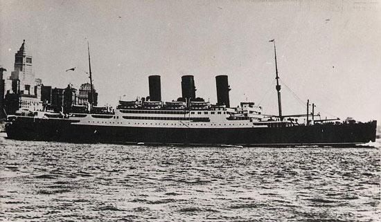 La guerre sous-marine et de surface 1939 - 1945 - Page 39 Transy10