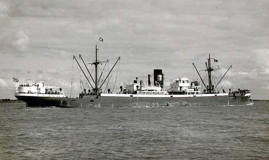 La guerre sous-marine et de surface 1939 - 1945 - Page 13 Tuva10