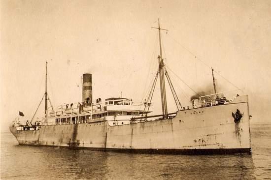 La guerre sous-marine et de surface 1939 - 1945 - Page 65 Umona10