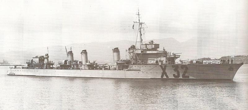 La guerre sous-marine et de surface 1939 - 1945 - Page 6 Valmy_10
