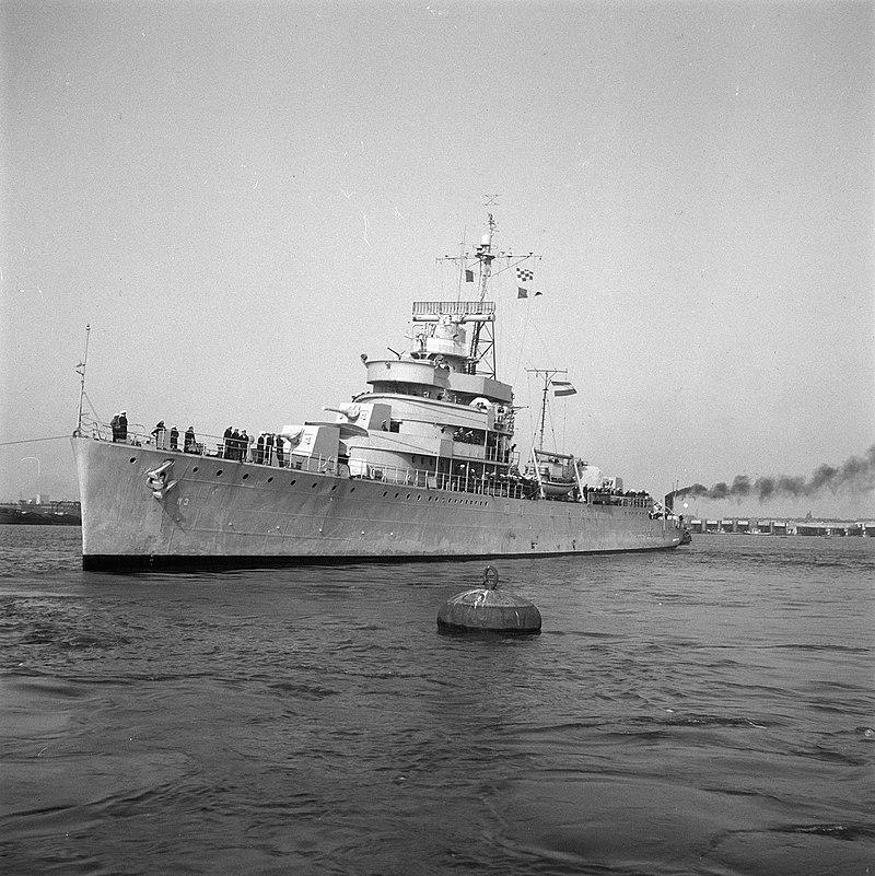La guerre sous-marine et de surface 1939 - 1945 - Page 54 Van_ki10
