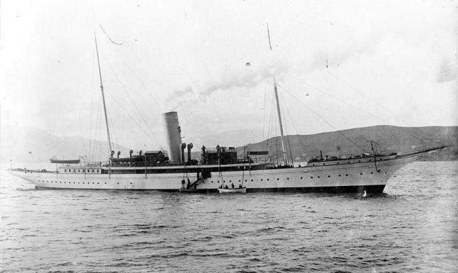 La guerre sous-marine et de surface 1939 - 1945 - Page 37 Warrio10