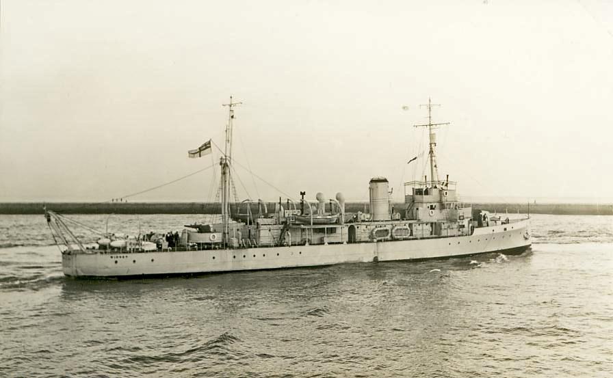 La guerre sous-marine et de surface 1939 - 1945 - Page 3 Widnes10