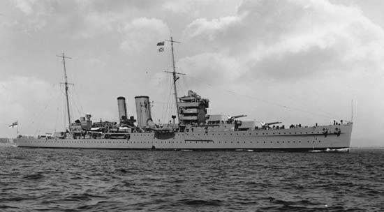 La guerre sous-marine et de surface 1939 - 1945 - Page 64 York11