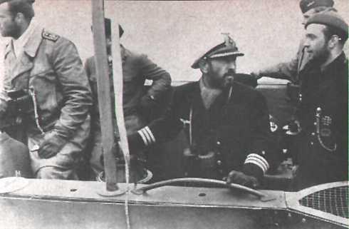 La guerre sous-marine et de surface 1939 - 1945 - Page 9 Zapp211