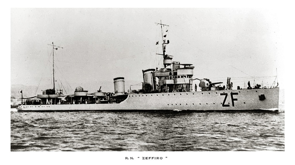 La guerre sous-marine et de surface 1939 - 1945 - Page 36 Zeffir10