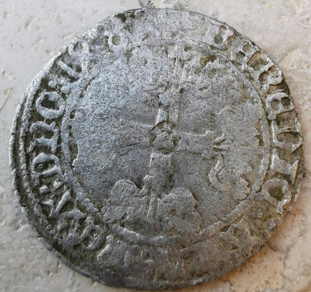 Monnaie du XV ème siècle  Img_2028