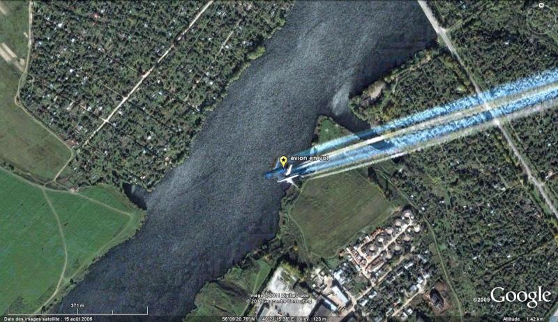 Les avions en phase d'atterrissage aperçus sur Google Earth Avion_12