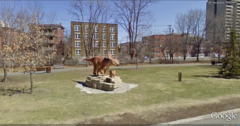 STREET VIEW : Les statues d'animaux dans le monde - Page 2 Tricer11