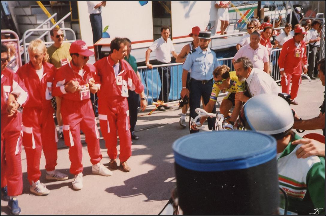 Tour 1989 , en coulisses Lr7-ph14
