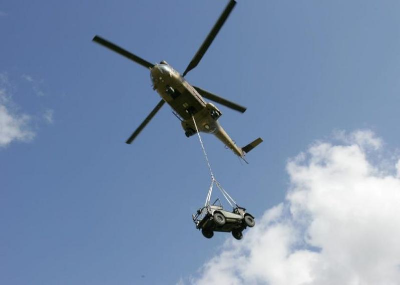 1er RGP: la révolution âpre et sourde des pâles d'hélico avec des images d'« Apocalypse Now » Helipo10