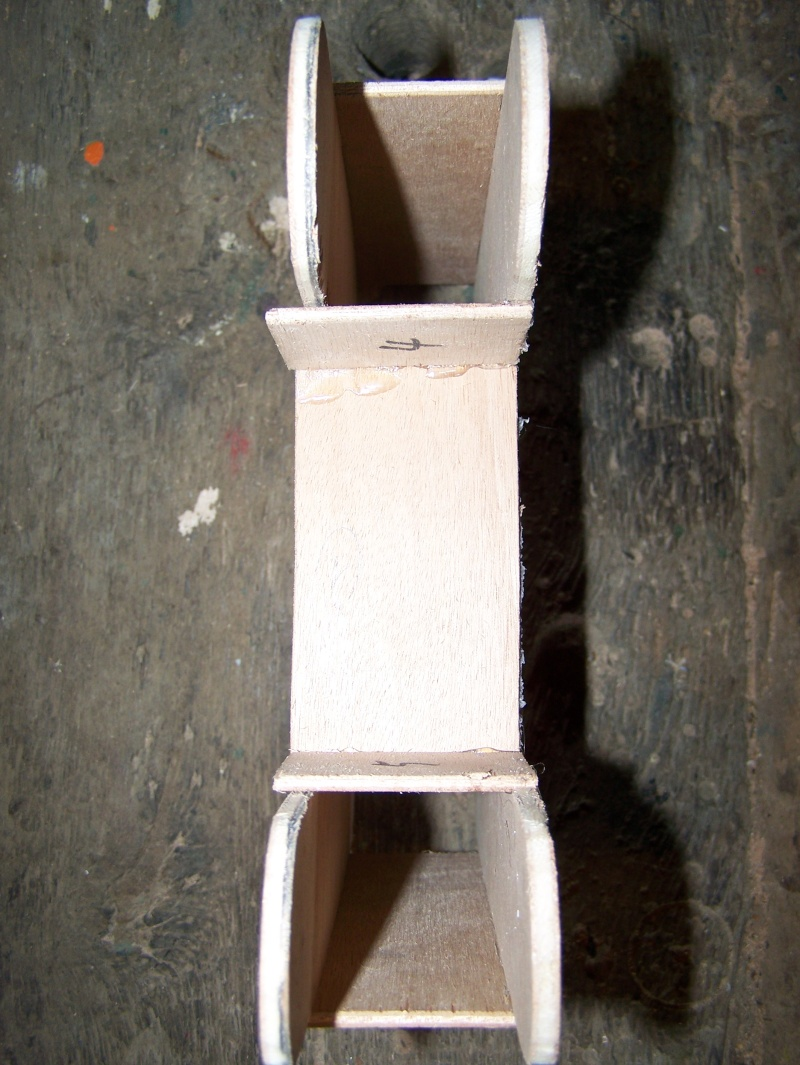 maquette de benji (bateau avec roue à l'avant) 100_2711