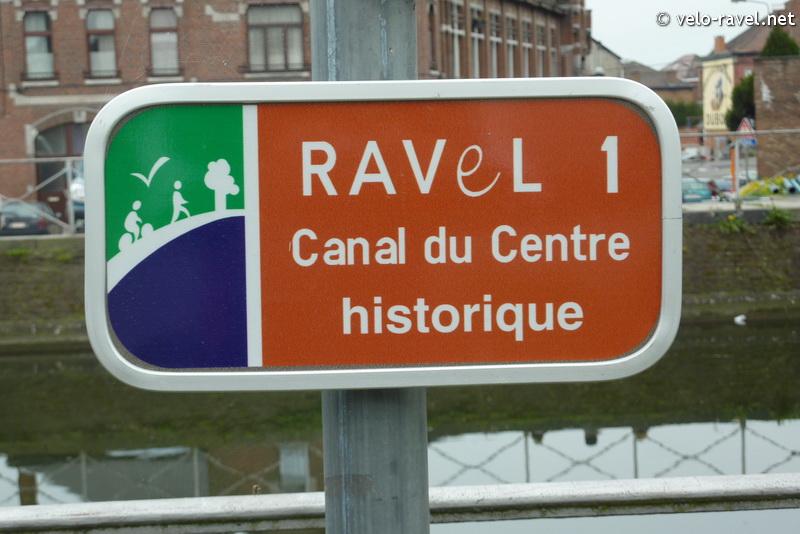RAVeL 1 Centre (Part 2) La louvière - Roux 07 Itinéraire N°4 - W4 - Canaux, fleuves et rivières - La Louvière - Roux (RAVeL 1 Centre La louvière - Roux) 2011-027