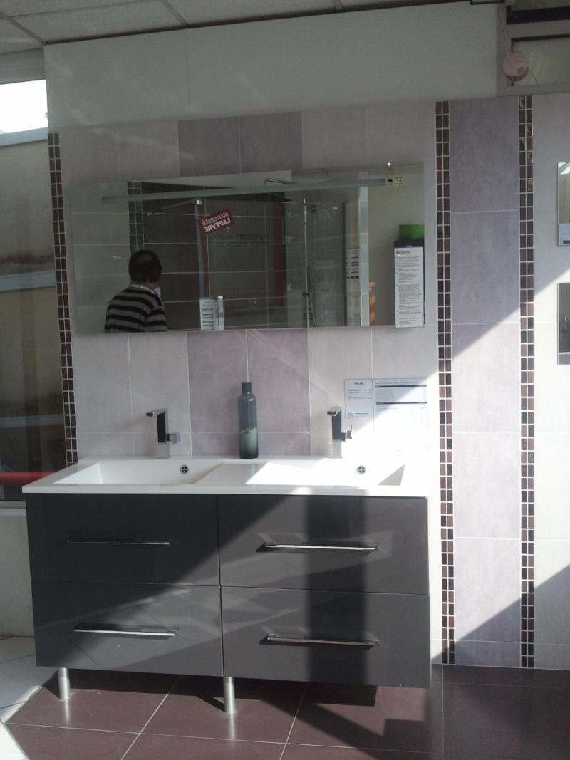 Petite salle de bain Meuble12