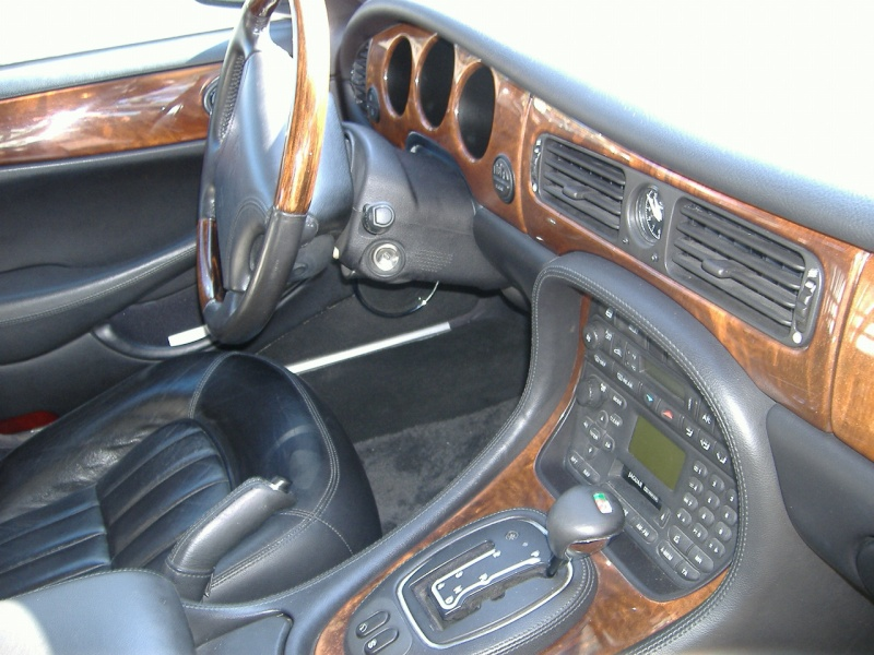Jag XJ : so British Jaguar12