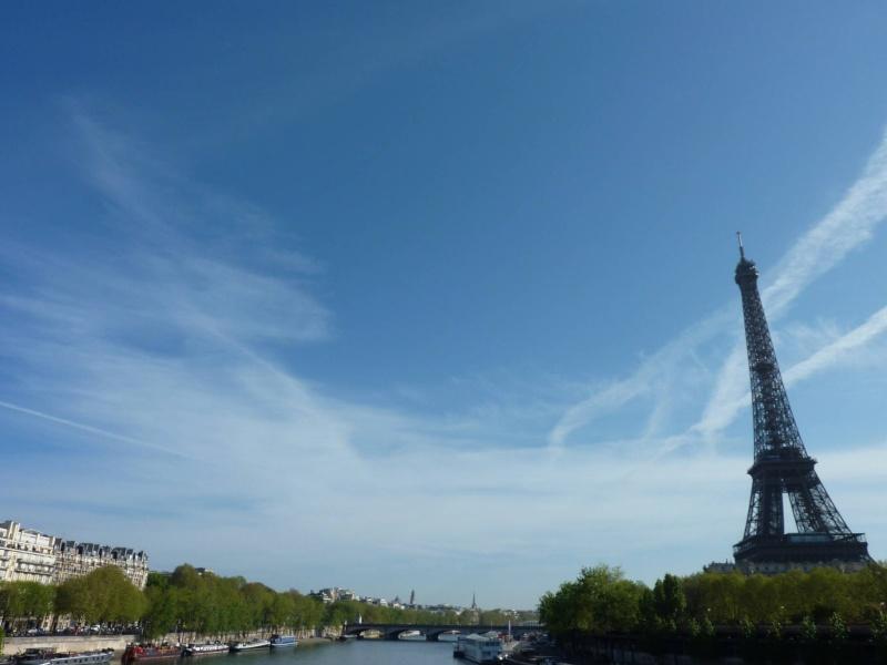 2011: Paris le 10 avril vers 10:30 Des OVNIS s'invitent au Marathon Tour_e10
