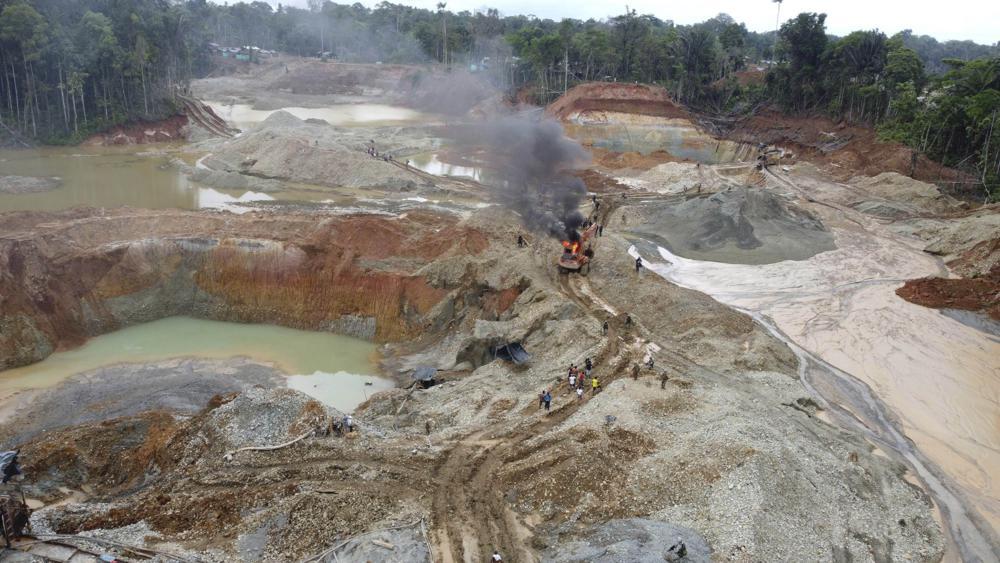 Colombia: Al menos 10 muertos y 25 heridos en una mina de oro.  100010