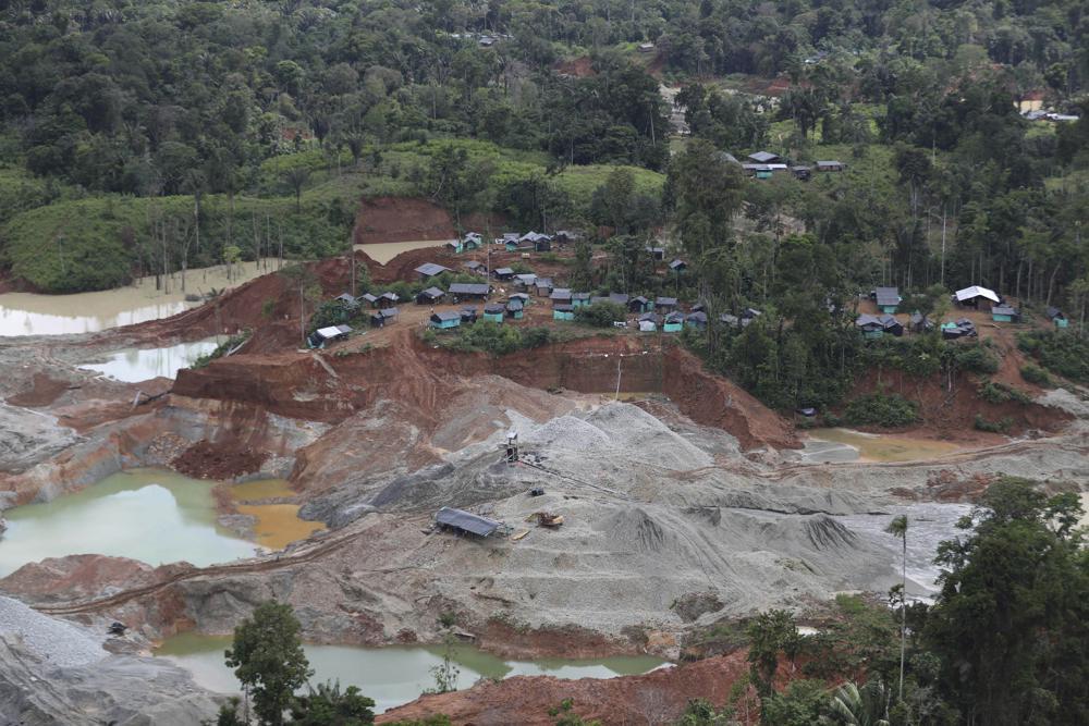 Colombia: Al menos 10 muertos y 25 heridos en una mina de oro.  100014