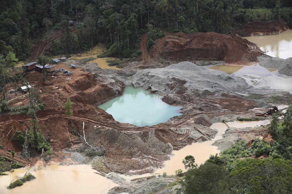 Colombia: Al menos 10 muertos y 25 heridos en una mina de oro.  100015