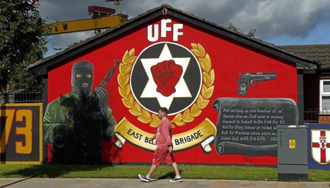 Norte de Irlanda: Reorganización del republicanismo militar. Atentados. Situación política. - Página 2 15369210