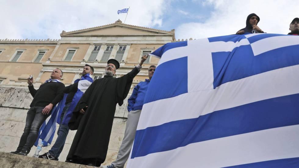 Grecia. Capitalismo, negocios, deudas, recortes estatales, privatizaciones,miseria  obrera. - Página 15 15479910