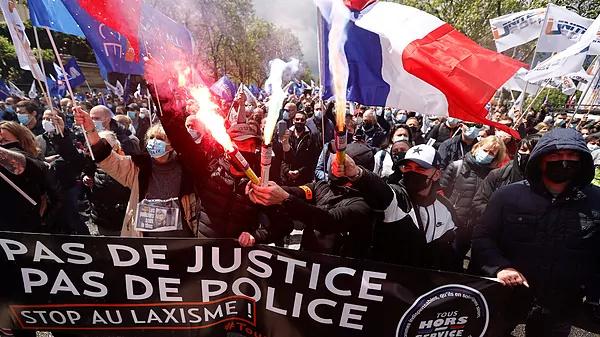 Francia. Capitalismo, luchas y movimientos.   - Página 17 16214410