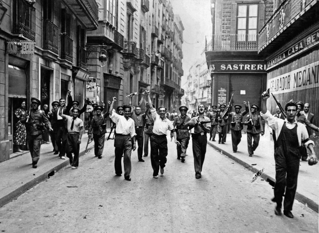 Francia y Reino Unido planearon bombardear Barcelona en 1936. Arnau Gonzàlez i Vilalta. [Historia Contemporánea] 5fff2311