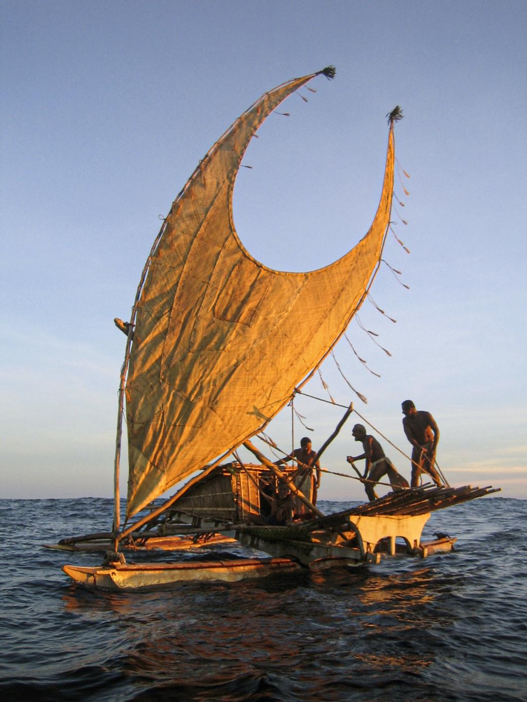 Océanos sin límites: la obra monumental que explica cómo la navegación transformó el mundo. (Blai Felip Palau) [Historia]. 60f19a10