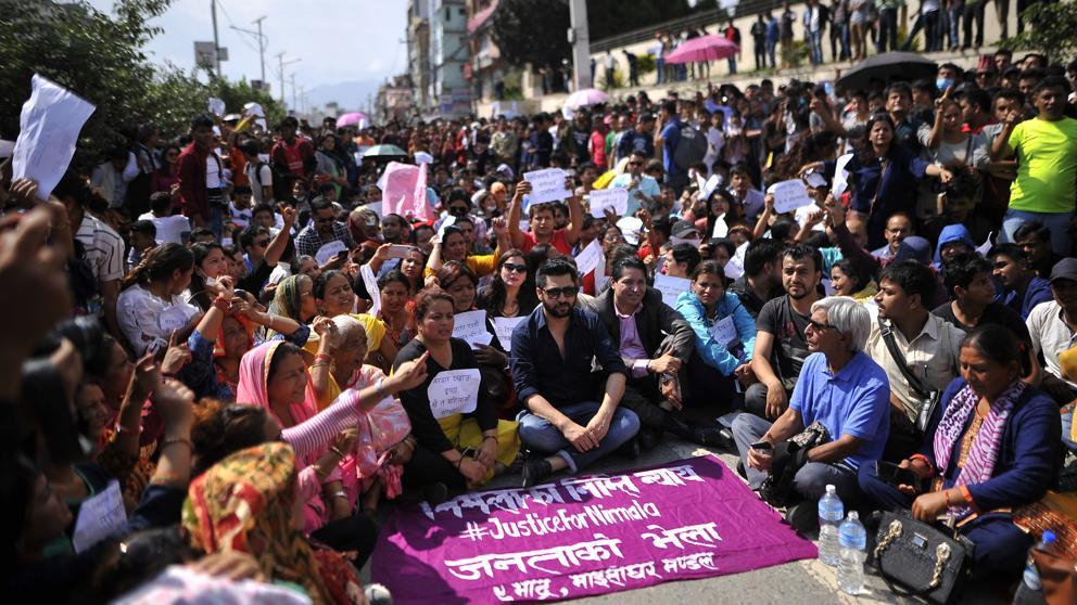 Nepal: La larga marcha (parlamentaria) de los maoístas. Img_ta10