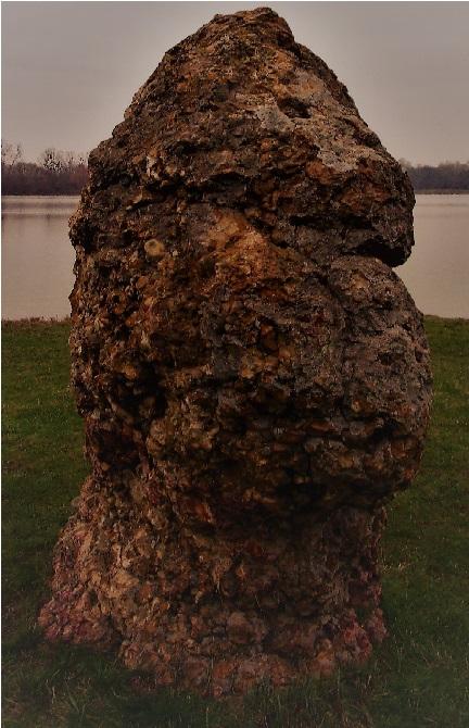 Les pierres du Loiret Paf112