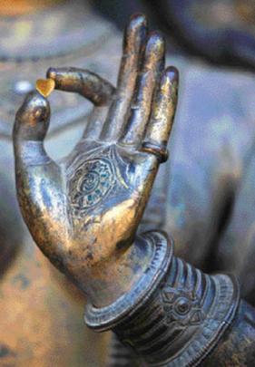 """""""Le langage des mains"""" - Page 2 Bouddh11"""