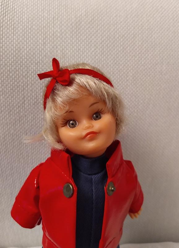 Microbe, petit mannequin vintage de Bella chez Garance 16159110