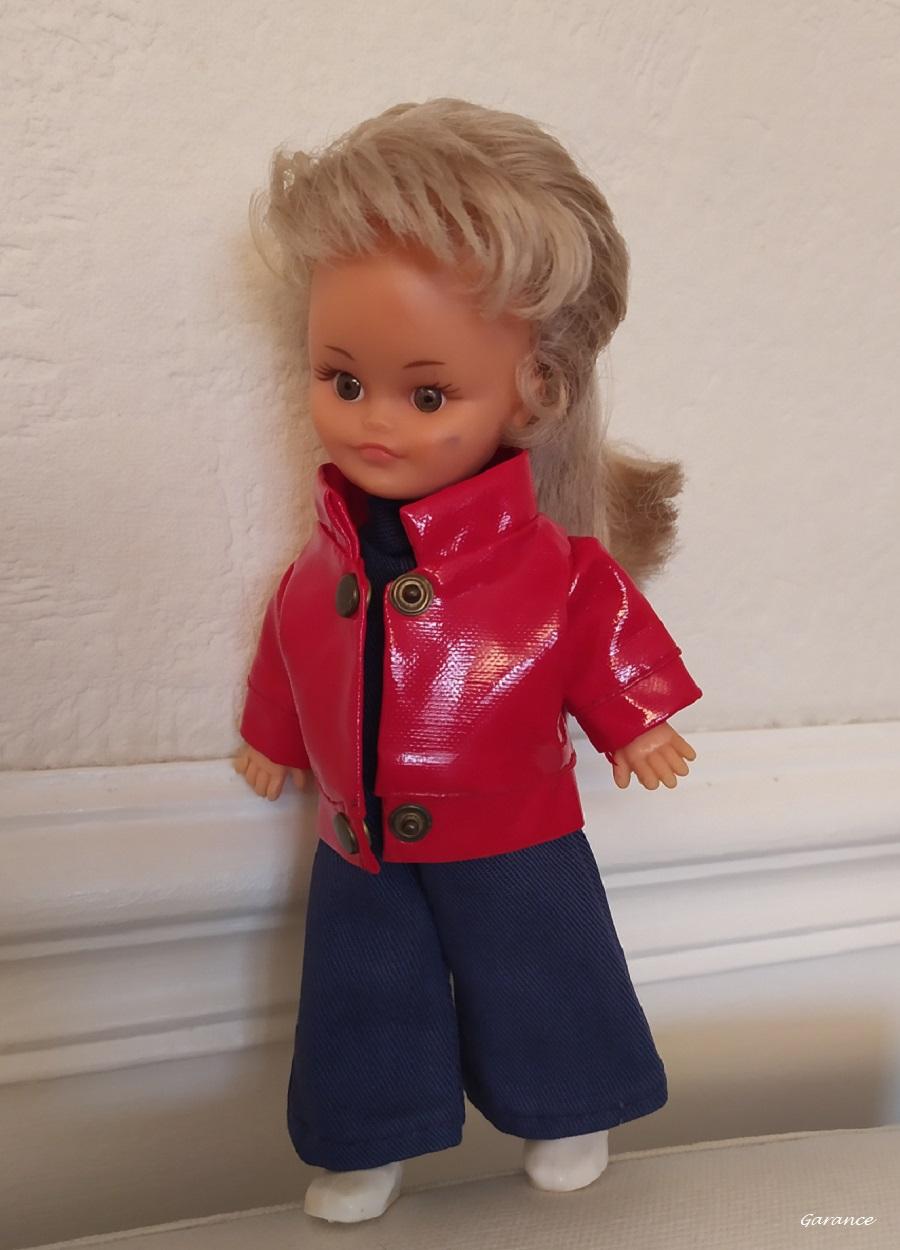 Microbe, petit mannequin vintage de Bella chez Garance Microb12