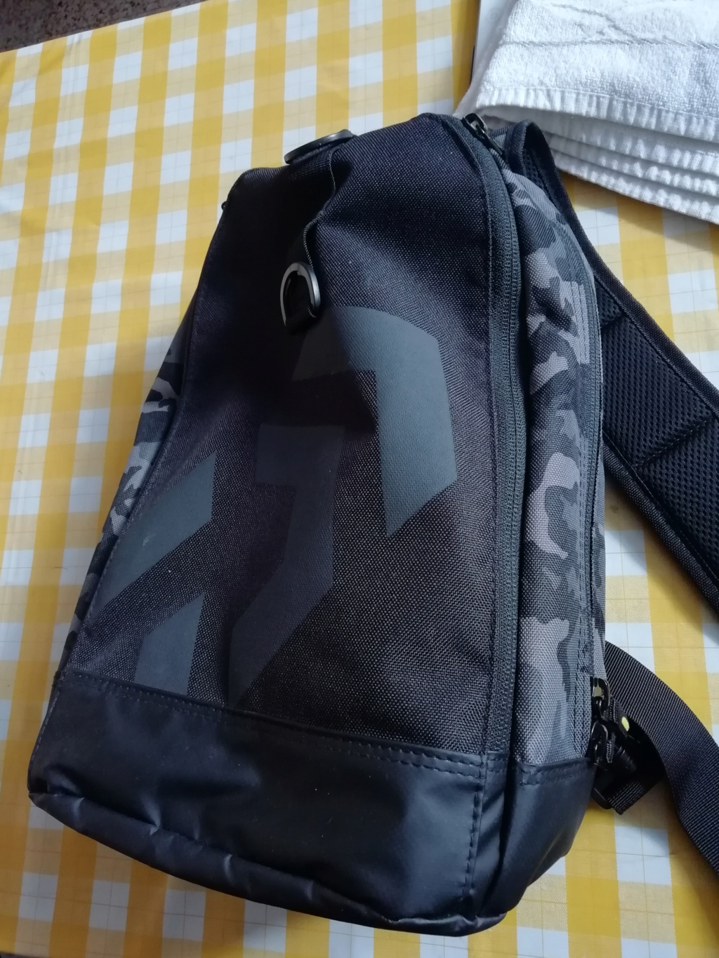 [vendo][usata] Daiwa One Shoulder Bag Camo  Img_2058