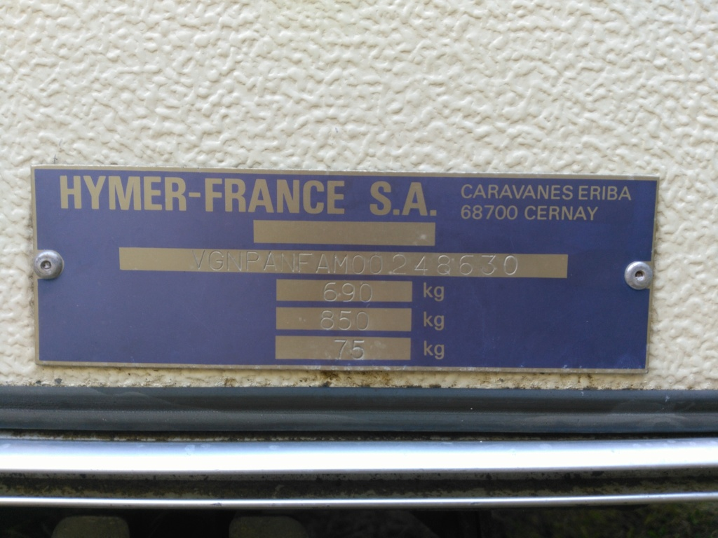 Plaque constructeur Eriba / Hymer [Post Photos] - Page 16 Img_2015