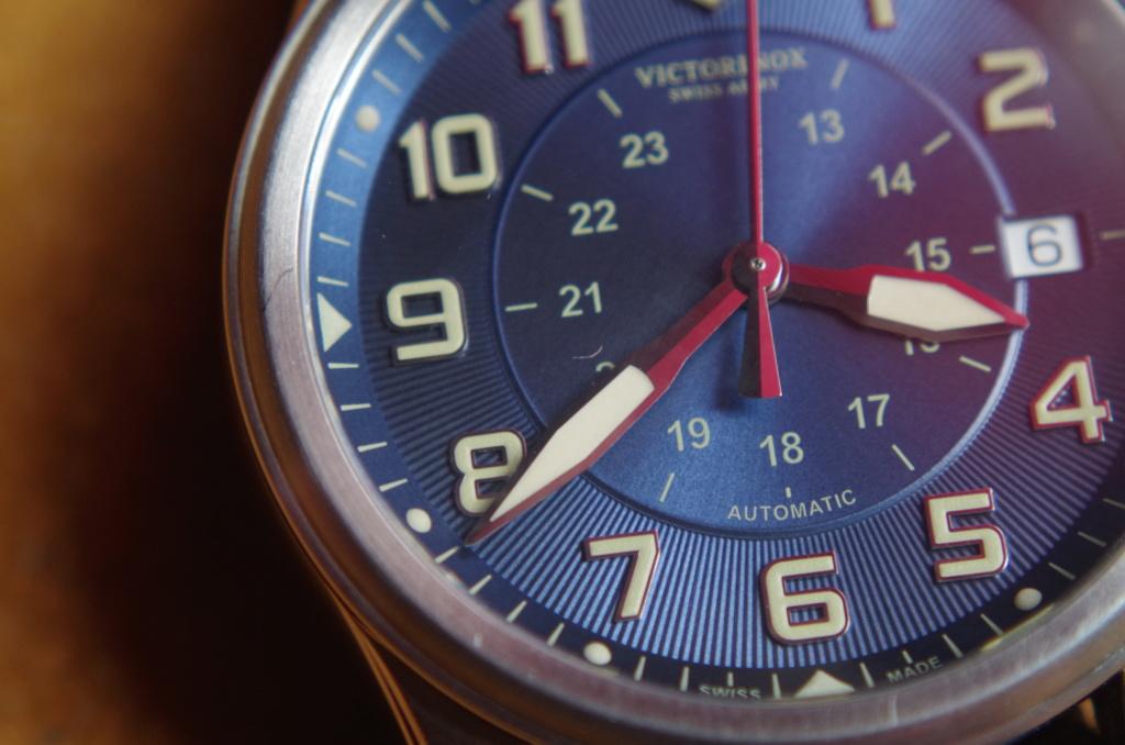 Ah ! Le plaisir d'une montre neuve sans défaut ... ou presque  Imgp1410
