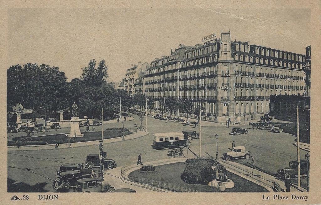 Cartes Postales Anciennes de garages PEUGEOT (Garages, Agences et Concessions) - Page 2 Place_11